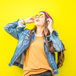 Wonderbaar Zelfbeeld verbeteren: 7 Tips om gelukkig te worden met jezelf VE-09